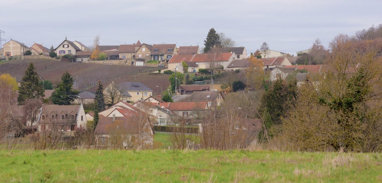 MORANGIS - photo du village